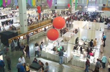 ツーソンミネラルショーのコンベンションセンターの会場