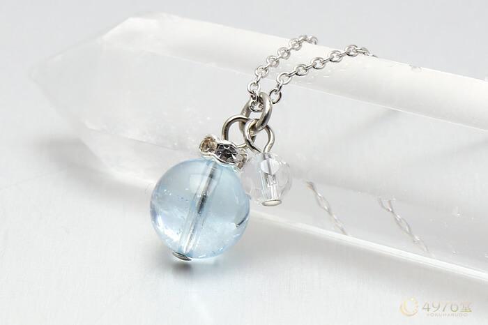 ブルートパーズ・水晶カット ネックレス