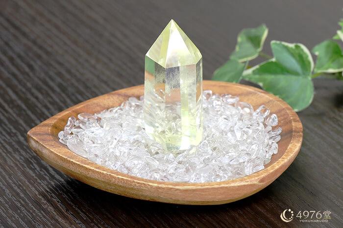 水晶さざれ浄化セット(レモンクォーツポイント、アカシア木製皿・ドロップ)