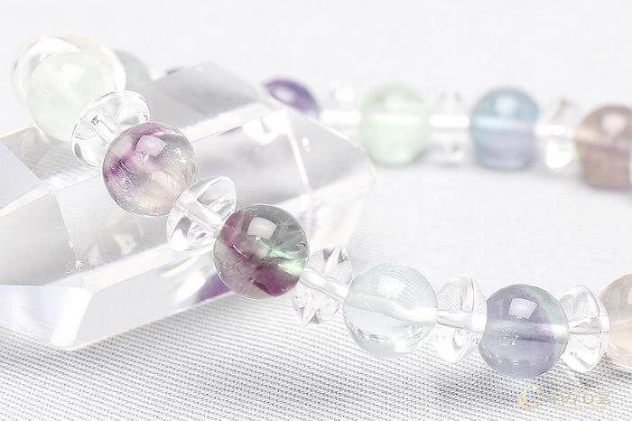 フローライト ブレスレット 水晶ボタン交互