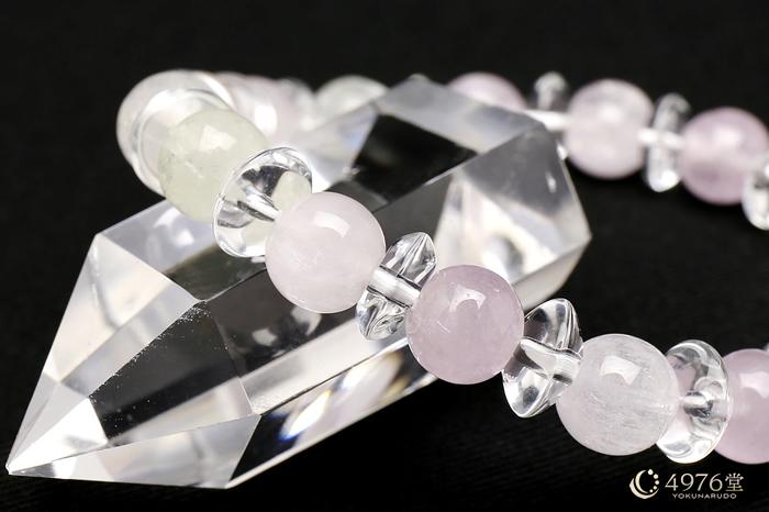 クンツァイト ブレスレット 水晶ボタン交互