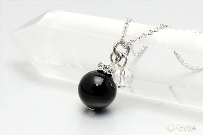 オニキス・水晶カット ネックレス