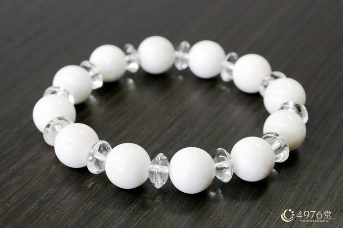 ホワイトオニキス・水晶ボタン交互(10mm) パワーストーンブレスレット